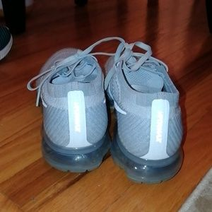 Nike Shoes - Nike vapormax
